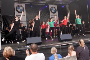 35 2019 Stadtfest Tanz red1MB