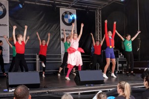 52 2019 Stadtfest Tanz red1MB
